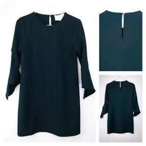 🆕Charles Henry dress with split sleeve